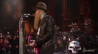 ZZ-Top play Lunchbox