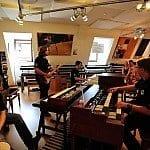 Spontaner Jam in der Studioabteilung