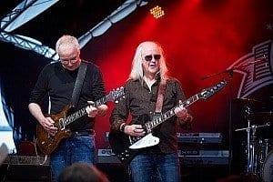 Robin auf dem Sommerfest 2014 mit der t.allstar band und Paul Reed Smith