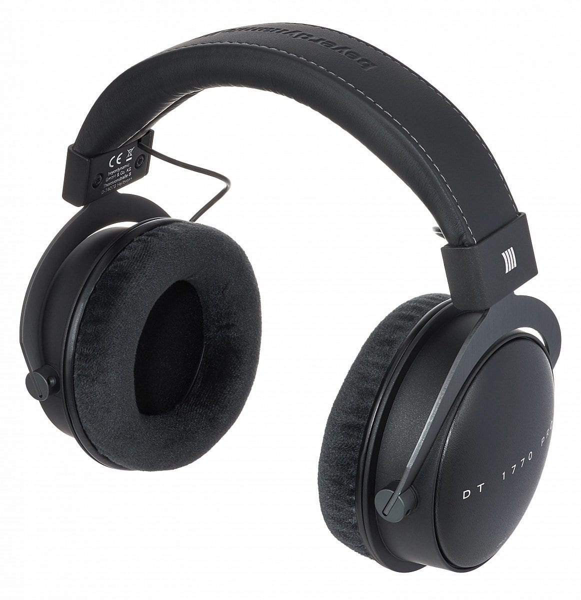Our gift ideas for the home studio t a set of headphones that is likely to become a reference point in studios all around the world the acoustics are comparable to its older brother negle Image collections