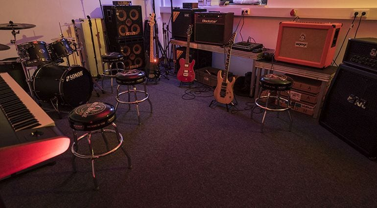 10 Essential Items For Your Band Practice Room T Blog