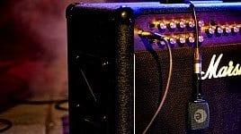 electric guitar the history of shredding. Black Bedroom Furniture Sets. Home Design Ideas