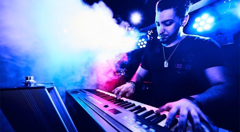 Digital Piano Vs Stage Piano Vs Keyboard Tblog