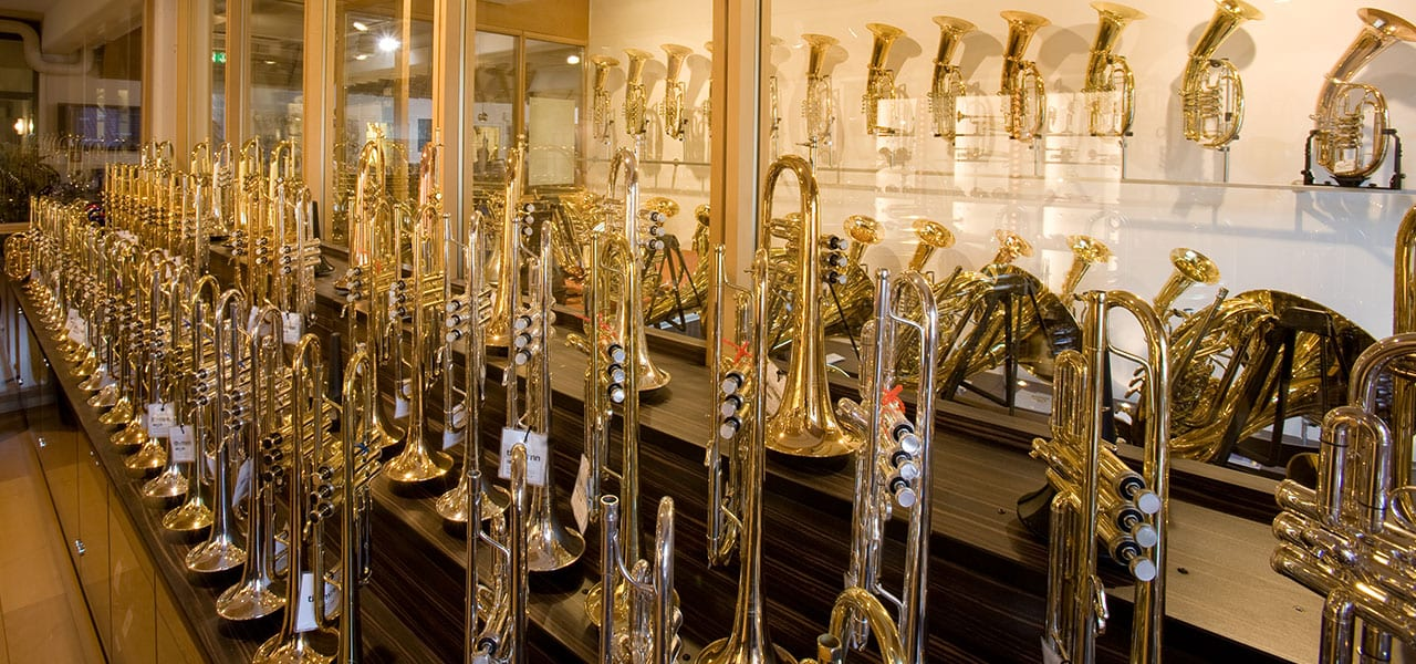Fachabteilung Blastinstrumente bei Musikhaus Thomann
