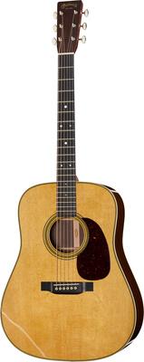Martin Guitars D-28
